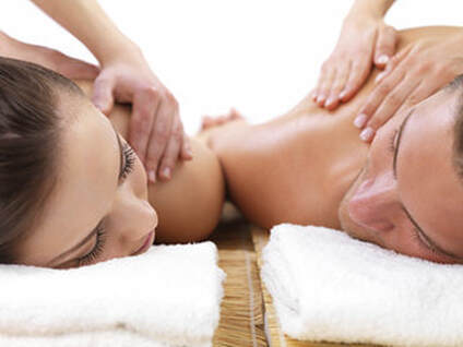 couples massage - J Massage